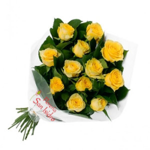 12 Rosas_send-to-albania-bouquet-of-12-yellow-roses-buqete-me-trendafila